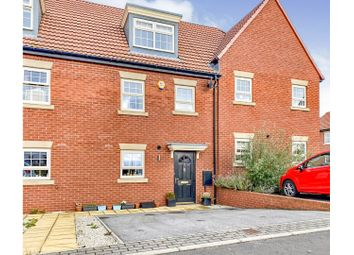 Thumbnail 4 bed town house for sale in Kempston Road, Featherstone, Pontefract