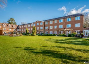 Thumbnail 1 bed flat for sale in Lakeside Gardens, Hothfield, Kent