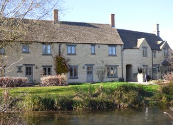 Thumbnail 3 bed cottage for sale in 3 Groves Place, Fairford, Gloucestershire