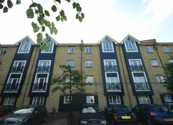 Thumbnail 3 bed flat to rent in Stephensons Wharf, Apsley Marina, Hemel Hempstead