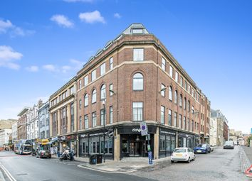 New Inn Hall Street, Central Oxford OX1. 2 bed flat for sale