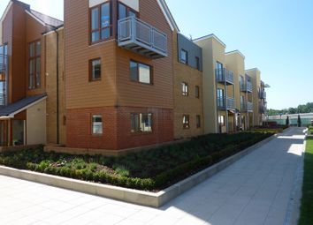 Thumbnail 2 bedroom flat to rent in Evenlyn Walk, Greenhithe