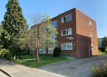 3 bed flat to rent in Granville Road, Sidcup DA14