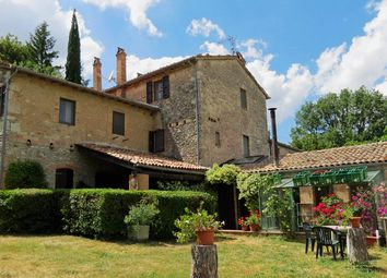 Thumbnail 7 bed farmhouse for sale in Todi, Todi, Perugia, Umbria, Italy