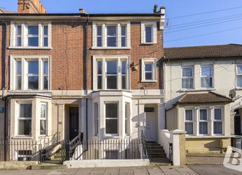Thumbnail 1 bed flat to rent in Parrock Street, Gravesend, Kent
