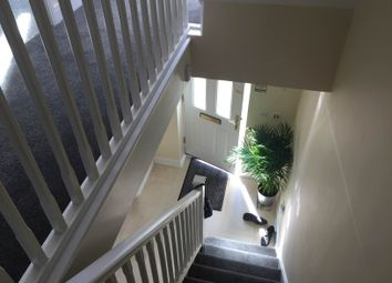 Thumbnail Room to rent in Glandford Way, Ilford