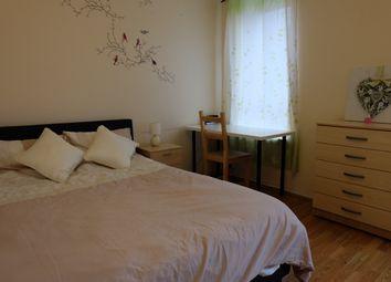 Thumbnail 3 bedroom flat to rent in Cahir Str, London