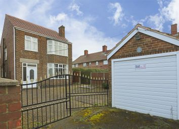 3 bed town house for sale in Rowe Gardens, Bulwell, Nottinghamshire NG6
