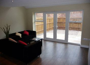 Thumbnail 4 bed property to rent in Eastleigh Road, Leicester