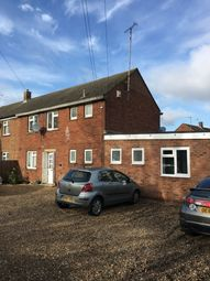 Thumbnail 1 bed flat to rent in Stoke Road, Aylesbury