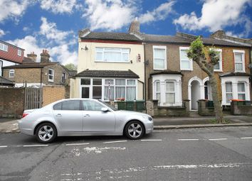 Thumbnail 2 bed flat to rent in Warwick Road, London, Greater London.