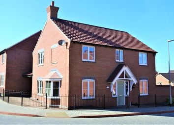 Thumbnail 4 bedroom detached house to rent in Scarborough Close, Grantham