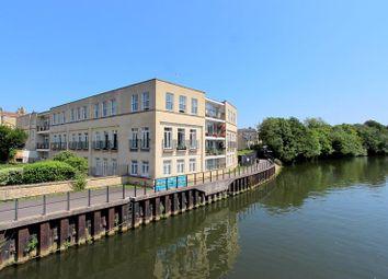 3 bed flat for sale in Victoria Bridge Road, Bath BA1
