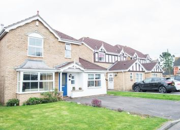 Thumbnail 4 bed property for sale in Oxford Close, Langdon Hills, Basildon