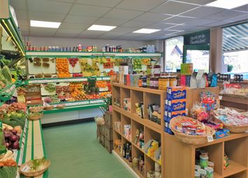 Thumbnail Retail premises for sale in Fruiterers & Greengrocery S17, South Yorkshire