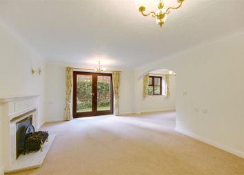 Thumbnail Property for sale in Watling Street, Radlett