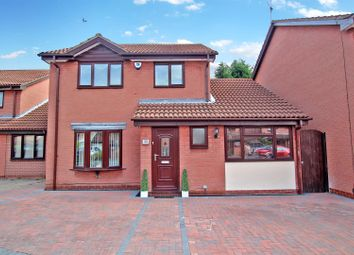 Thumbnail 4 bed detached house for sale in Poplar Avenue, Sherwood, Nottingham