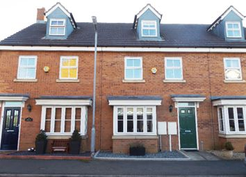 3 bed town house to rent in Binder Close, Higham Ferrers, Northamptonshire NN10
