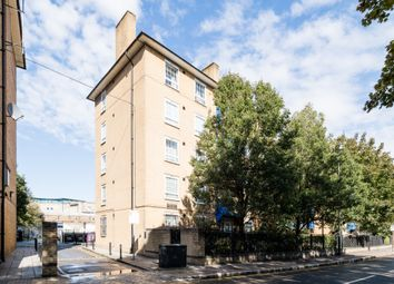 Thumbnail 2 bed flat for sale in Limehouse Causeway, London