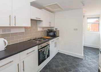 Thumbnail 4 bed shared accommodation for sale in Hawthorn Avenue, Hull, East Riding Of Yorkshire