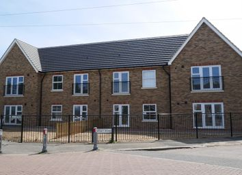 Thumbnail 2 bedroom flat to rent in 67 Old Highway, Hoddesdon