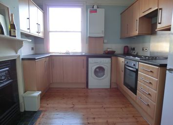 Thumbnail 3 bed flat to rent in Old Road West, Northfleet, Gravesend