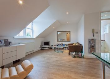 Thumbnail 1 bed flat to rent in Auckland Road, Crystal Palace, London