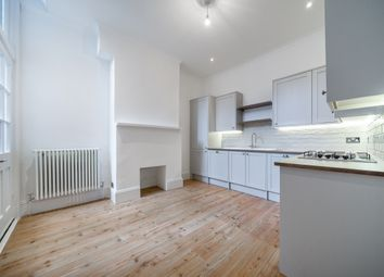 Thumbnail 2 bedroom flat to rent in Hillfield Park, London