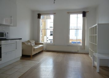 3 bed maisonette to rent in Hoxton Street, London N1