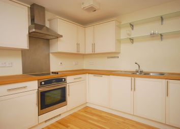 Thumbnail 1 bedroom flat to rent in Almeida Street, Angel, London