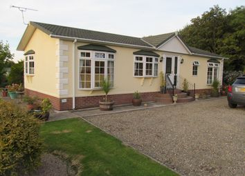 Thumbnail 3 bed mobile/park home for sale in Schooner Park, New Quay, Ceredigion, Wales (Ref 5134)