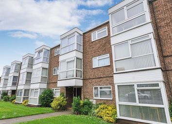 Thumbnail 2 bed flat to rent in Goldsel Road, Swanley