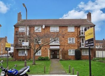 Thumbnail 2 bed flat to rent in South Street, Southsea