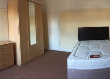 Thumbnail 2 bed shared accommodation to rent in Henleaze Road, Henleaze, Bristol