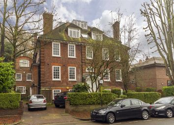 Thumbnail 3 bedroom flat to rent in Redington Gardens, London