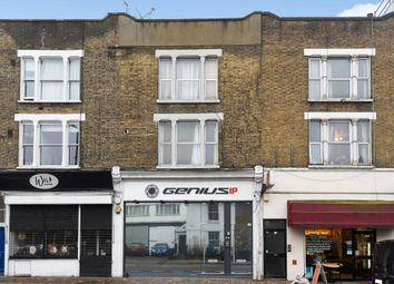 Thumbnail 2 bedroom flat for sale in Archway Road, Highgate, London