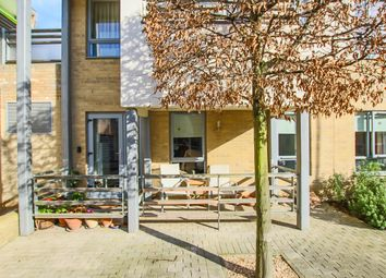 2 bed flat for sale in Glenalmond Avenue, Cambridge CB2