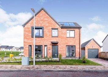 4 bed detached house for sale in Oak Tree Gardens, Sauchie, Alloa, Clackmannanshire FK10
