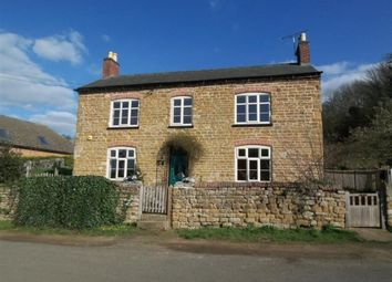 Thumbnail 4 bed cottage to rent in Main Street, Woolsthorpe, Grantham