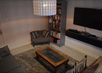 Thumbnail 2 bed flat to rent in Stoneyard Lane, Poplar/Canary Wharf
