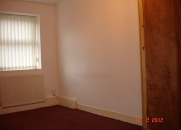 Thumbnail 1 bed flat to rent in Shaw Street, Preston