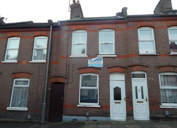 Thumbnail 1 bed terraced house to rent in Hampton Road, Luton