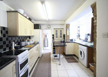 Thumbnail 3 bed end terrace house to rent in Weymouth Street, Hemel Hempstead