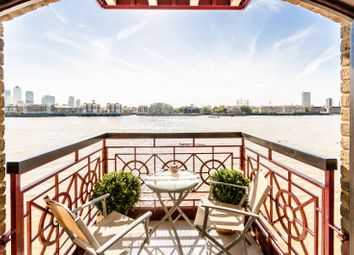 Thumbnail 2 bedroom flat for sale in Trafalgar Court, Wapping
