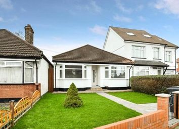 Thumbnail 3 bedroom detached bungalow for sale in Oakleigh Road North, Whetstone, London