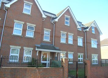 Thumbnail 2 bed flat to rent in Bellemoor Road, Shirley, Southampton