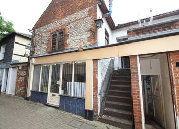 Thumbnail 2 bed maisonette for sale in Market Street, Alton
