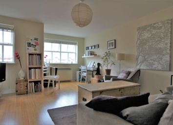 Thumbnail 2 bed flat for sale in Macmillan Way, Tooting