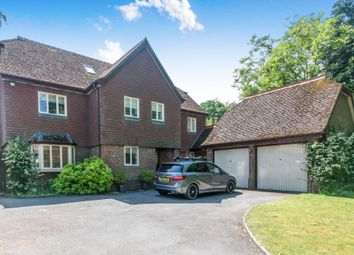 Thumbnail 5 bed detached house to rent in Park Road, Winchester