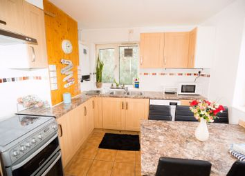 Thumbnail Room to rent in Princess Way, Southfields